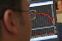 Биржи Европы закрылись резким спадом индексов на опасениях за Грецию